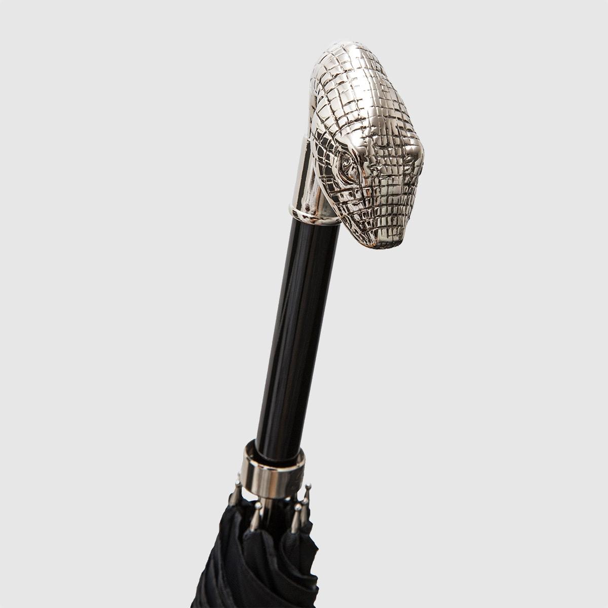 Umbrella with snake knob