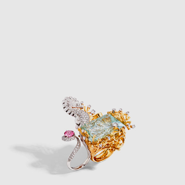 two-finger ring-sea-horse