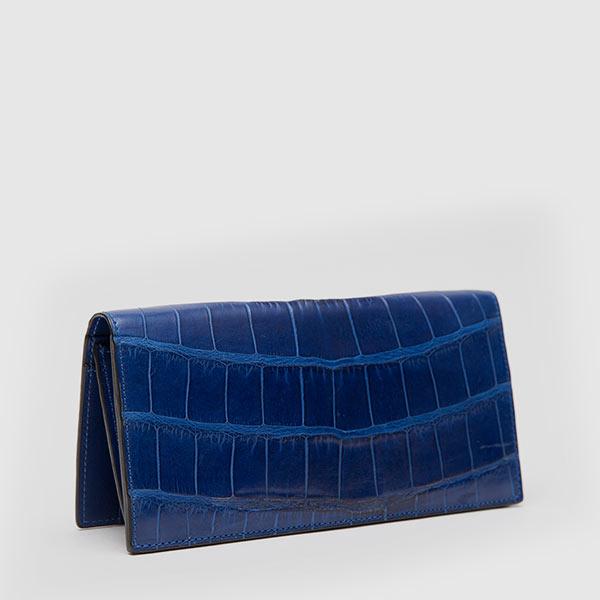 Vertical wallet in genuine blue Crocodile