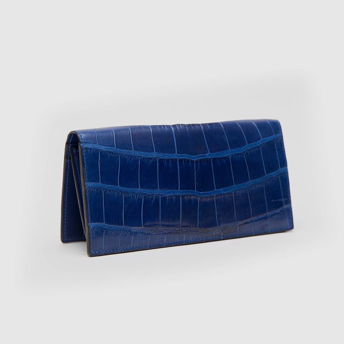 b0fe81fb6e Vertical wallet in genuine blue Crocodile