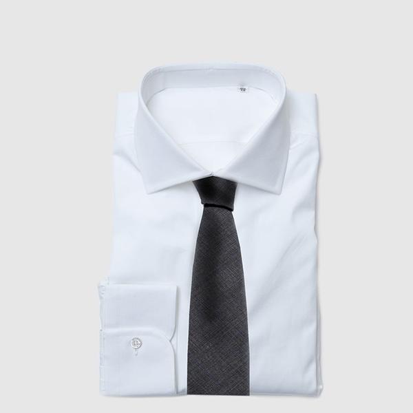 Cravatta dieci pieghe in pura lana Tasmania Grigia