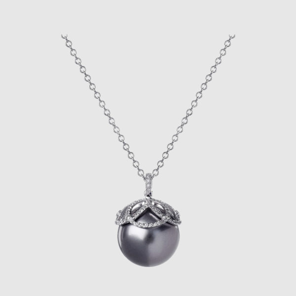 White Gold pendant with Diamonds and Gray Pearl