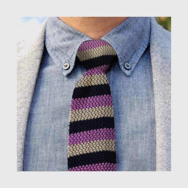 Cravatta tricot a righe lilla e grigio