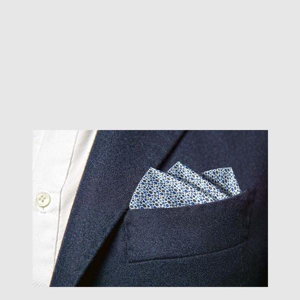Pocket square i pure silk with micro fantasy