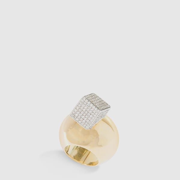 Cubo ring in a 18 Kt gold