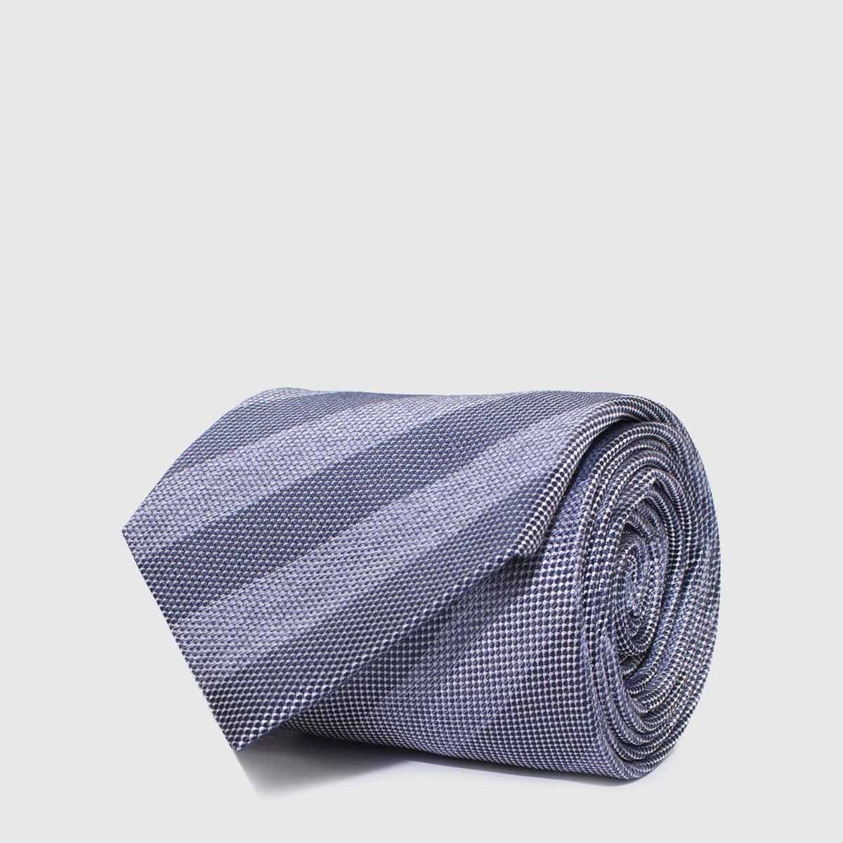 Woven 5-Folds Tie with striped gray background