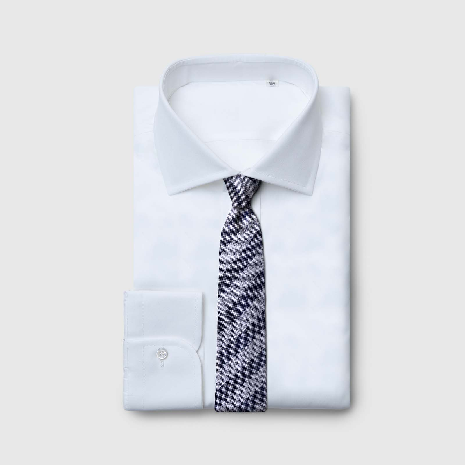 Cravatta 5 Pieghe tessuta a righe fondo grigio