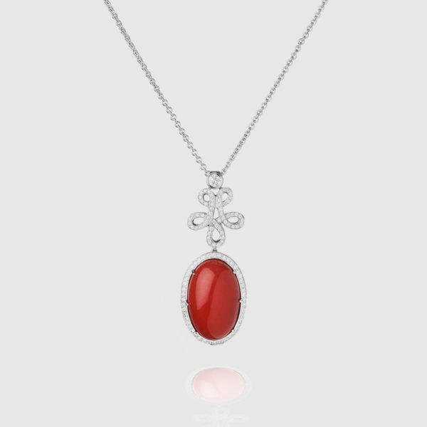 Necklace in white Gold with round Diamonds and  Japanese Moro Coral