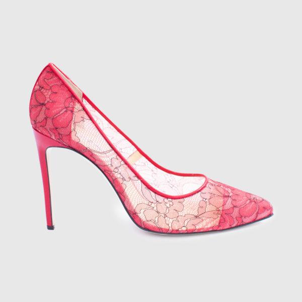 Red leather and lace Décolleté shoe