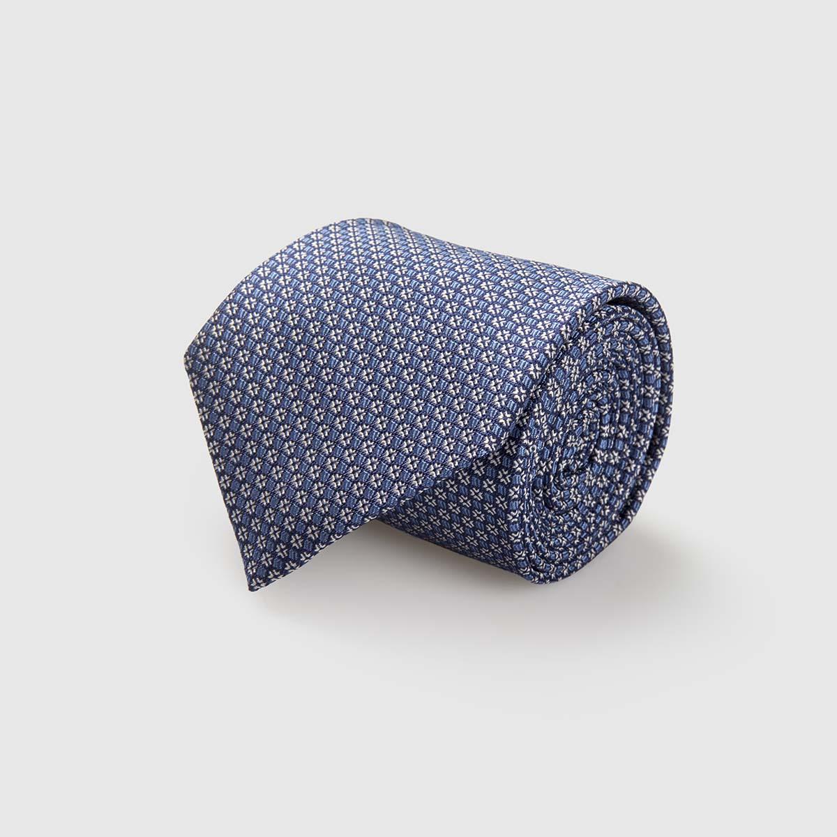 Cravatta lavorata a mano in Seta Jacquard con fantasia geometrica