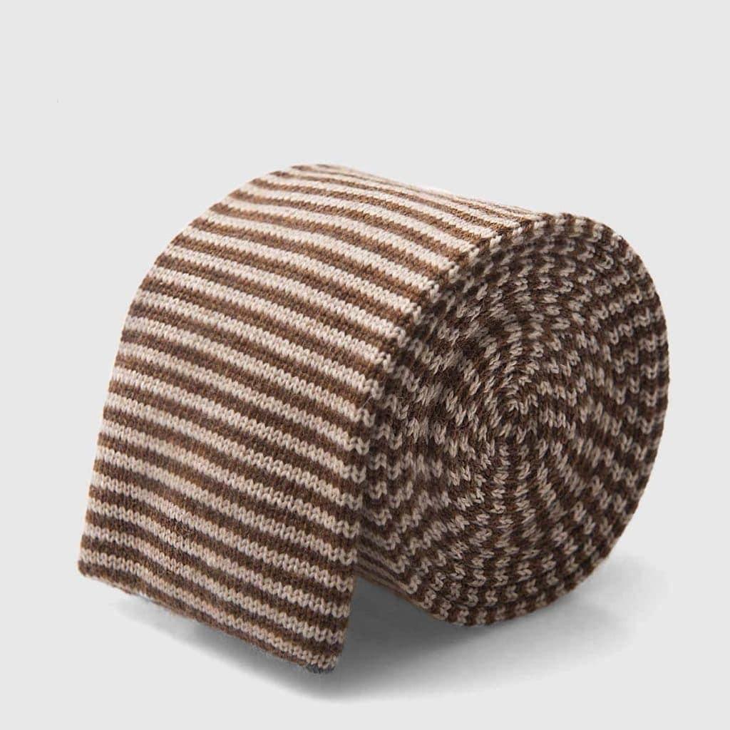 Cravatta tricot a righe marroni e beige