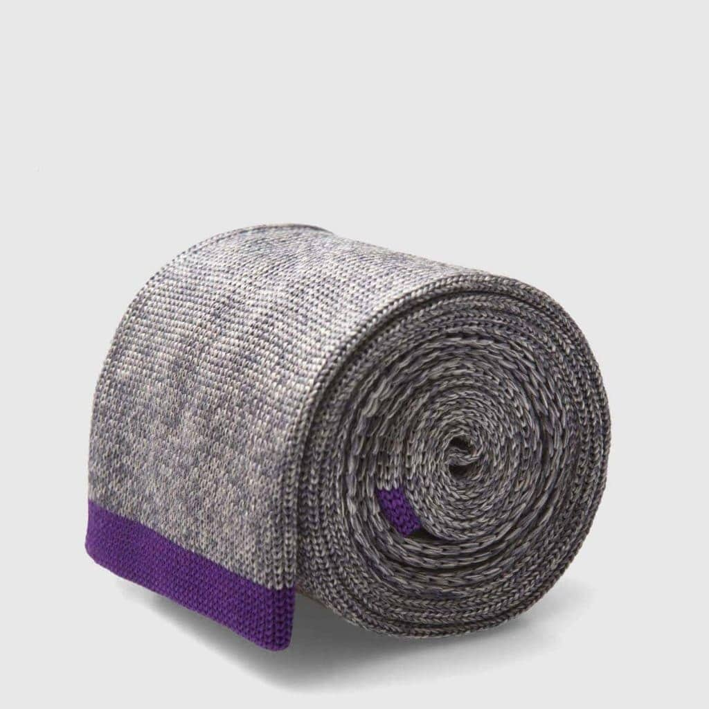 Gray Wool Knitted tie with thick texture