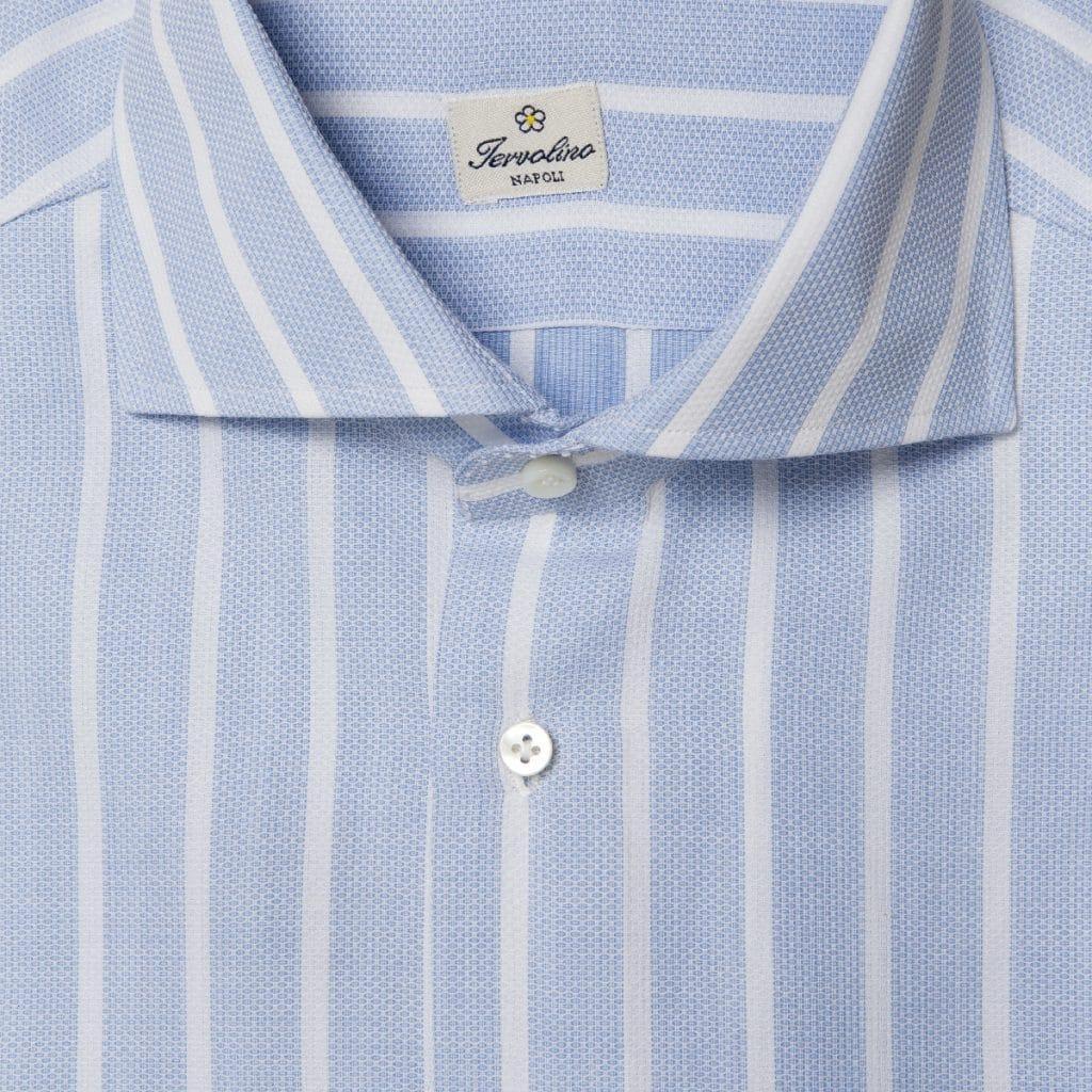 Camicia a righe bianche su fondo celeste in oxford di cotone