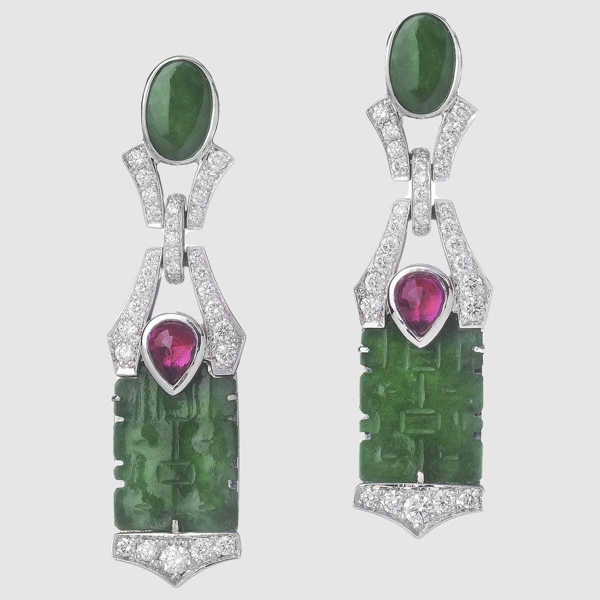 Orecchini Chandelier con Giade Imperiali Rubini e Diamanti
