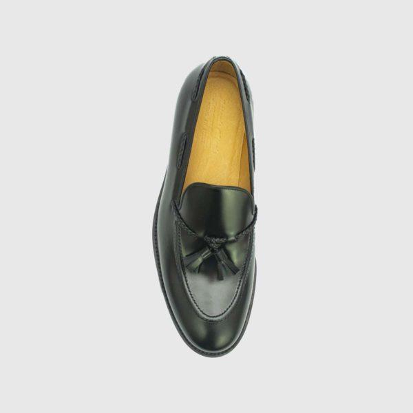 Noir Tasseled Loafers