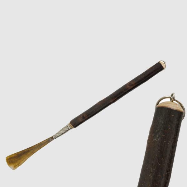 Unico Calzascarpe in legno di castagno