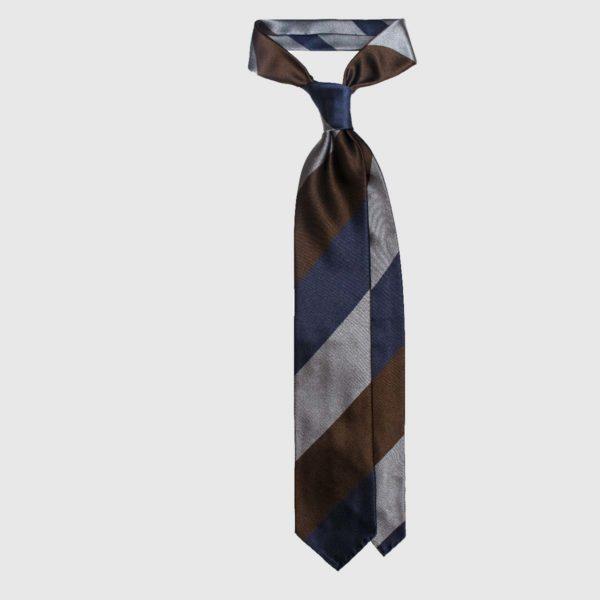 Cravatta in Seta a Strisce Spesse Diagonali – Marrone / Blu Navy / Grigio