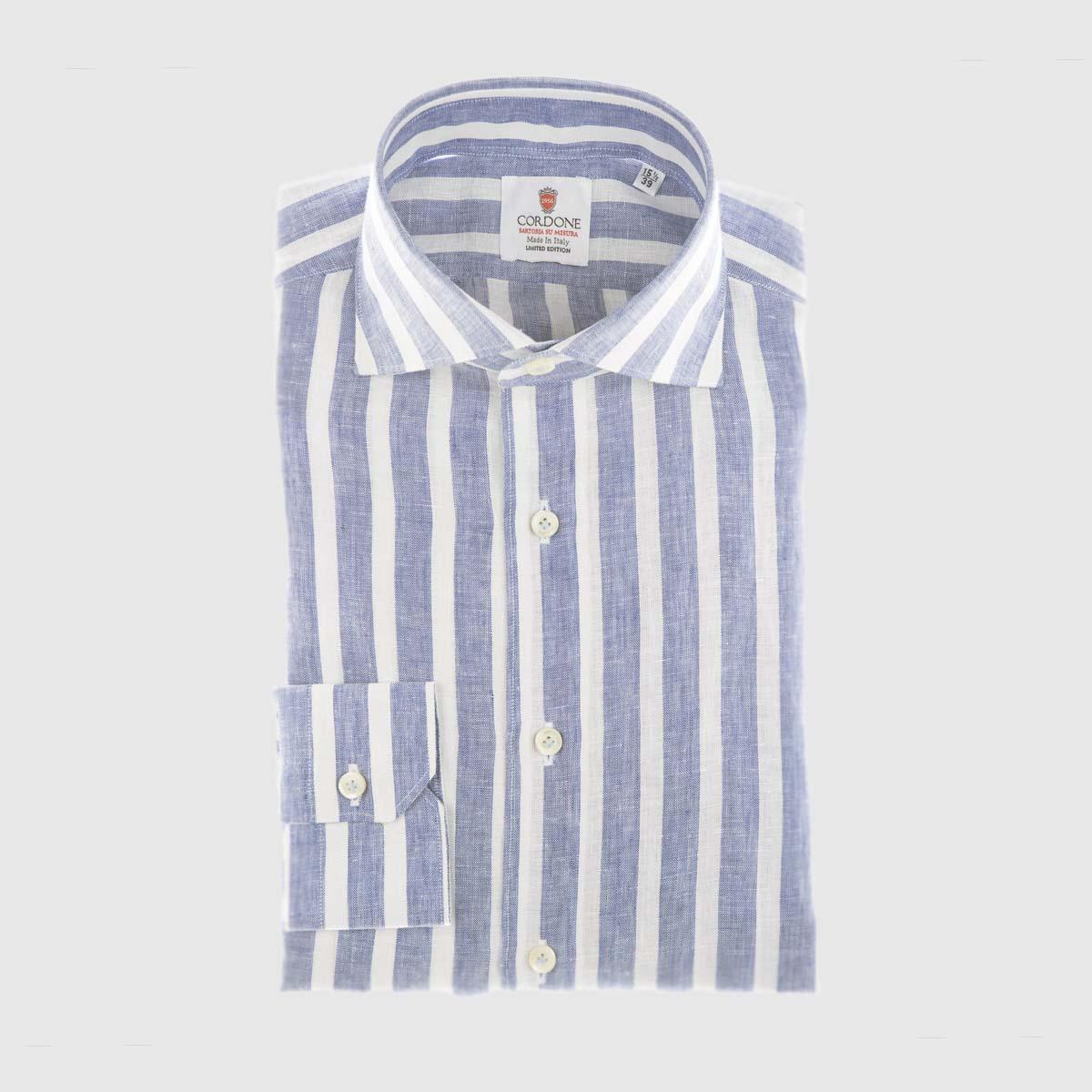 Camicia elegante di lino a righe larghe blu e bianca