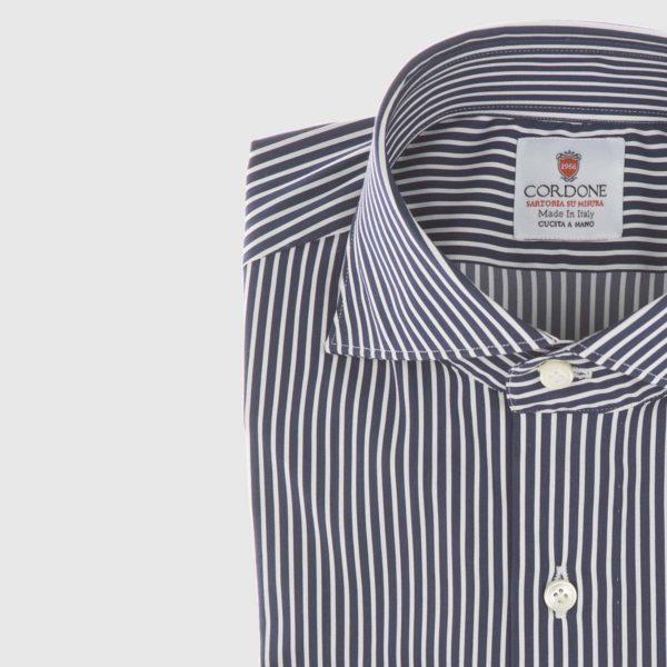 Camicia in popeline a righe blu scuro e bianco