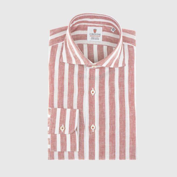 Camicia elegante di lino a righe larghe in rosso e bianco