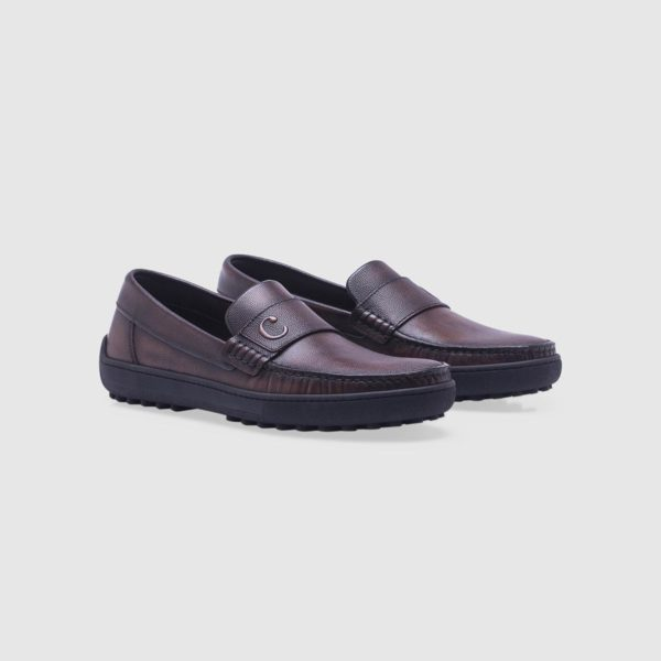 Dark brown loafer in tumbled calf leather