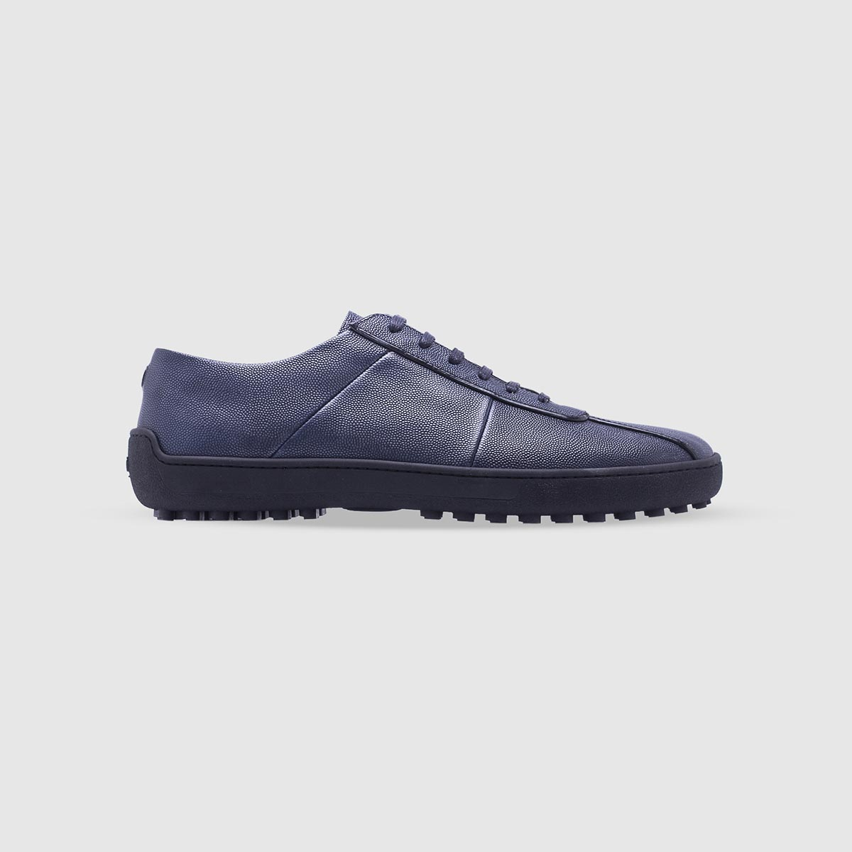 Sneaker blu in pelle di vitello bottalato