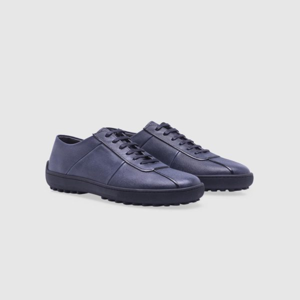 Blue sneaker in tumbled calf leather