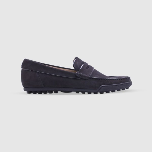 Black loafer in nubuck with penny bar