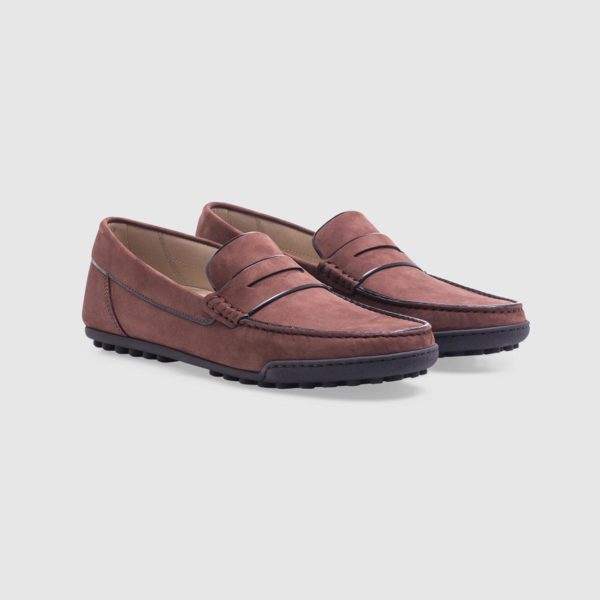 Brown loafer in nubuck with penny bar