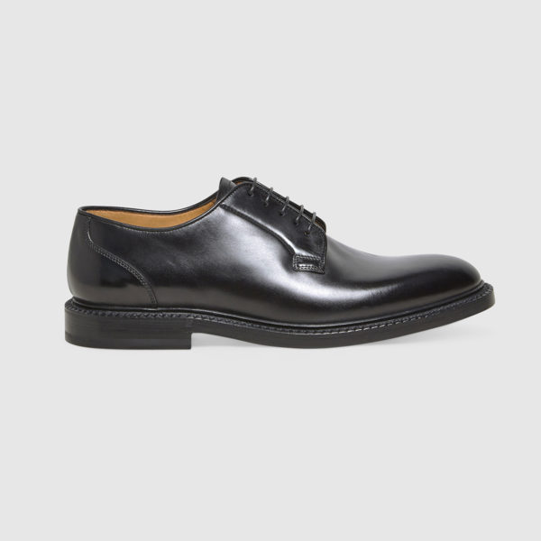 Lace-up Shoes in Black Calfskin