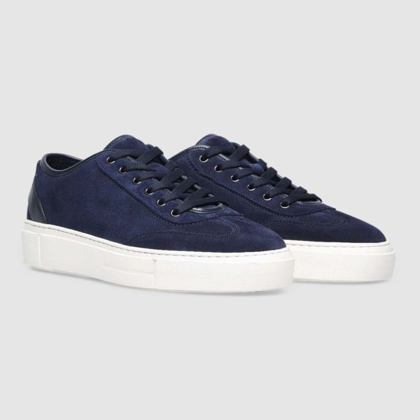 Sneaker in morbido vitello blu