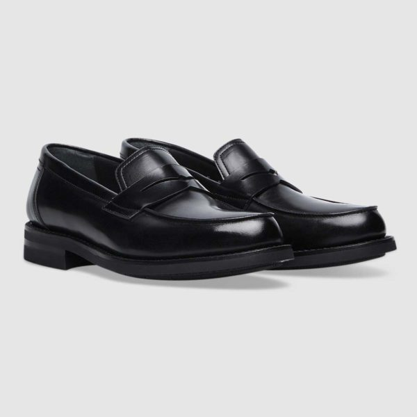 Moccasins in black exquisite calfskin with Flex Goodyear construction