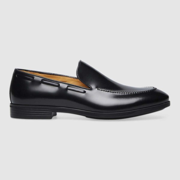Moccasins in exquisite black calfskin