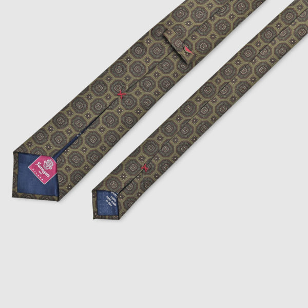 100% Printed Silk Tie with medallions